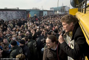 David Hasselhoff joins protestors at the East Side Gallery (Photo Credit: Daily Mail)